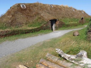 The discovery of this Viking site rewrote about a thousand years of history. Here's what the Viking buildings probably looked like.