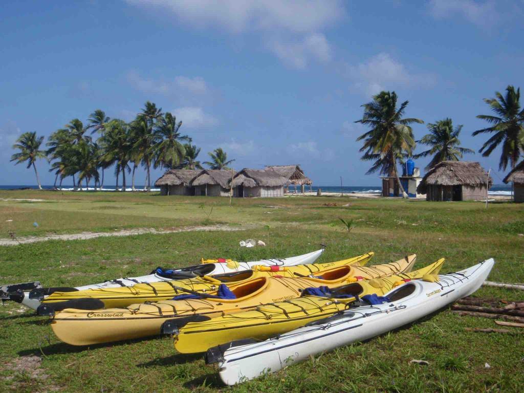 kayaks at tigre