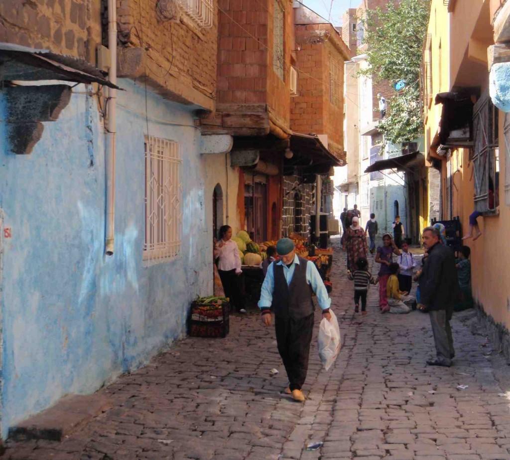 Street scene, Diyarbakir